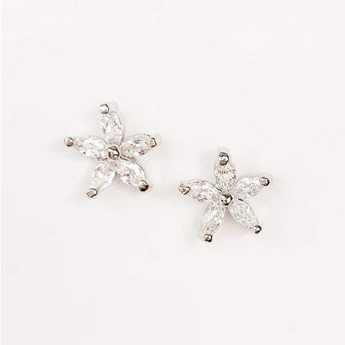 Dainty Flower Earrings