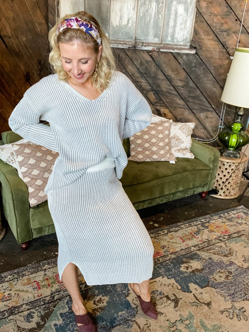 *FINAL SALE* Suave As Can Be Knit Skirt