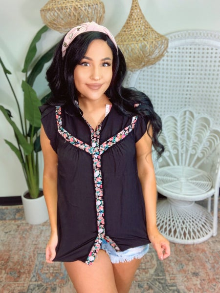 Thoughts Of Spring Top - Black