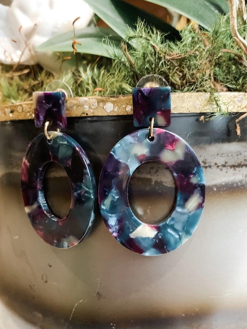 Sweetheart Oval Earrings