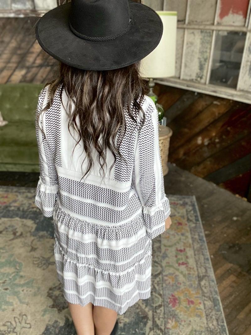 Ruffle My Feathers Mid Dress - White Black
