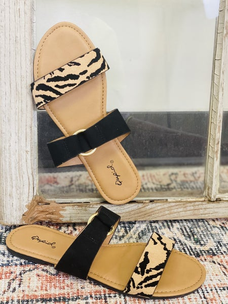 Fall Into Me Sandals - Tan