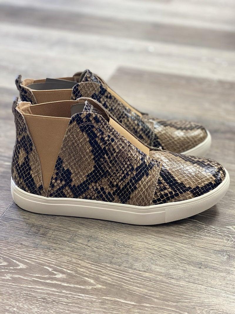 Sneak Love Sneaker