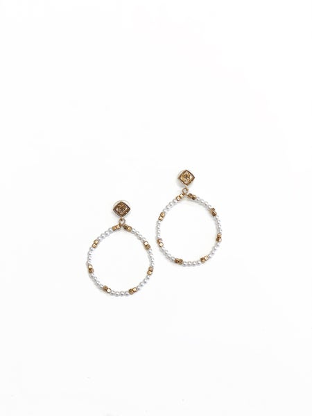 The Carlee Earrings Pearl