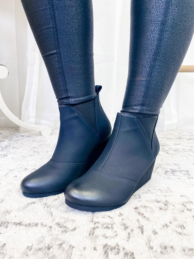 The Laurie Booties Black