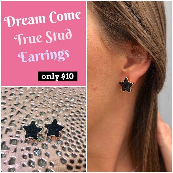 Dream Come True Stud Earrings