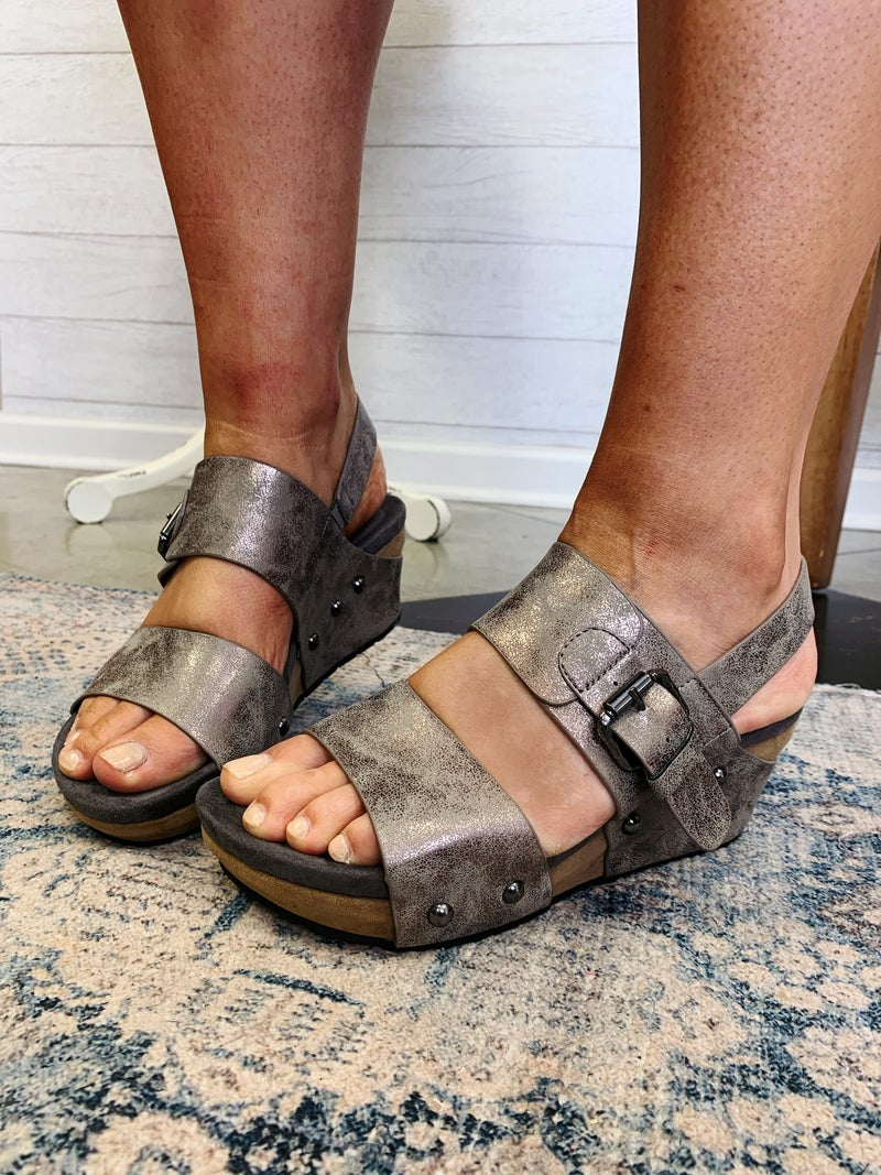 The Cooper Wedge Pewter