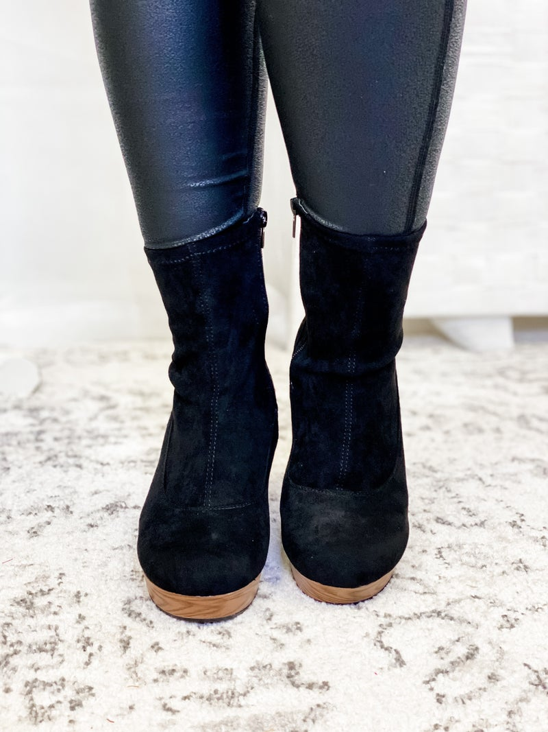 The Mia Bootie Black