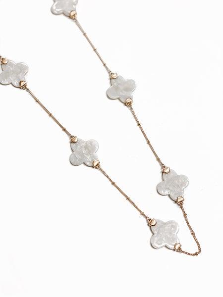The Misty Necklace Ivory