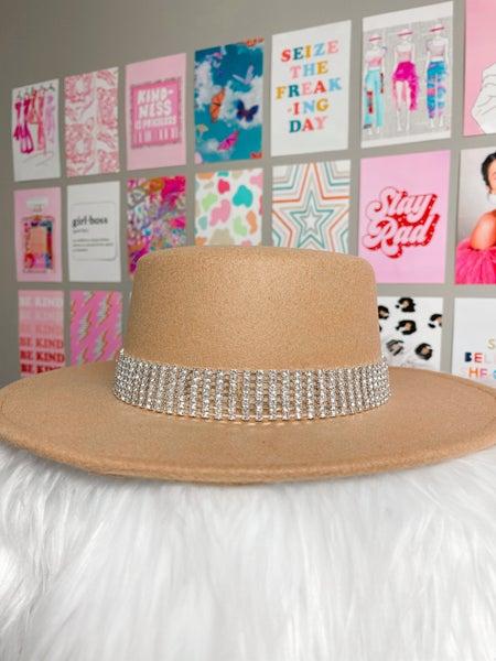 The Bella Hat