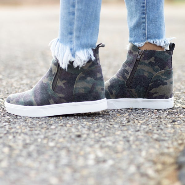 - Walk On Over Camo Sneakers