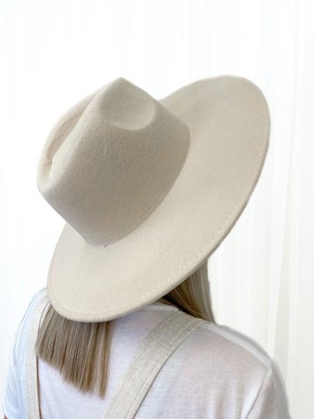 The Marlow Hat Beige