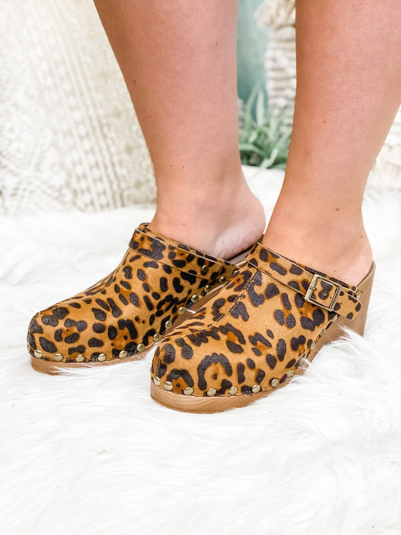 The Piper Clog Leopard