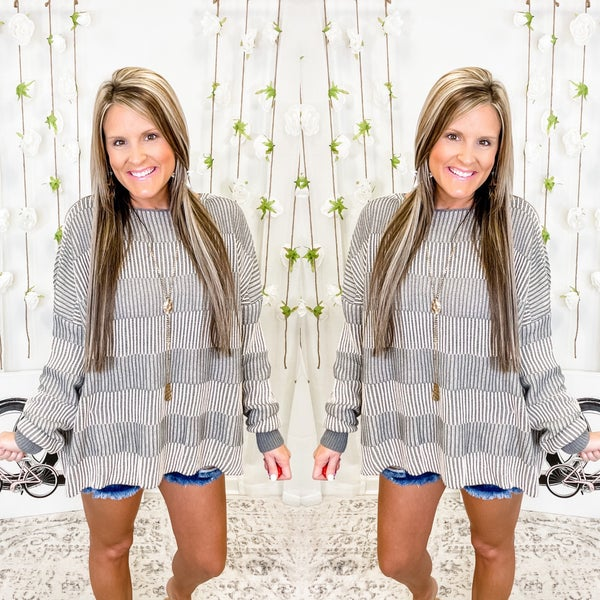 Don't Let Me Down Sweater Grey