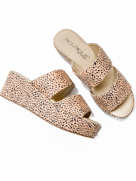 The Hannah Wedge Brown Speckled *Final Sale*