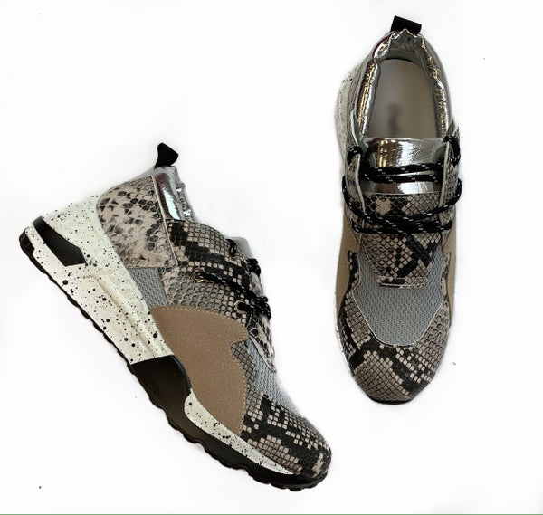 Always A Statement Sneakers Snake