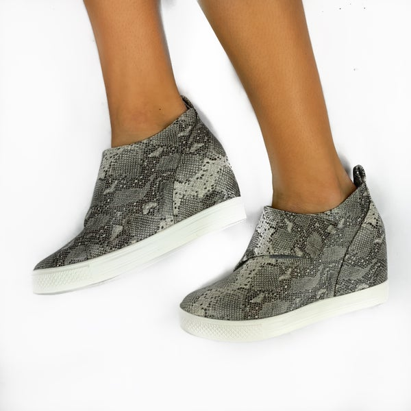 Take Me Higher Sneakers Snake *Final Sale*
