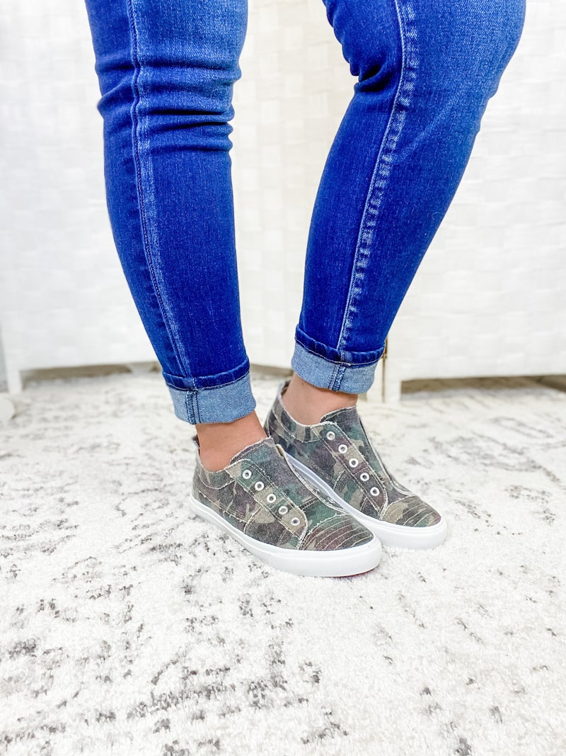 The Samantha Sneakers Camo