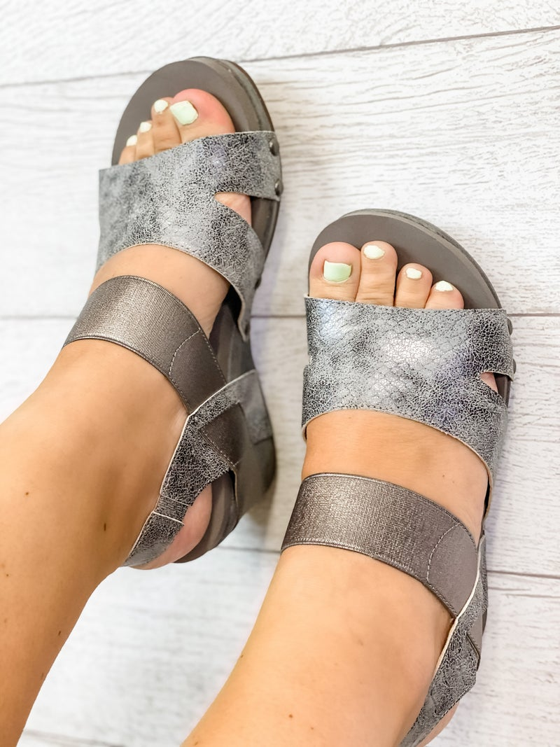The Finley Wedge Pewter *Final Sale*
