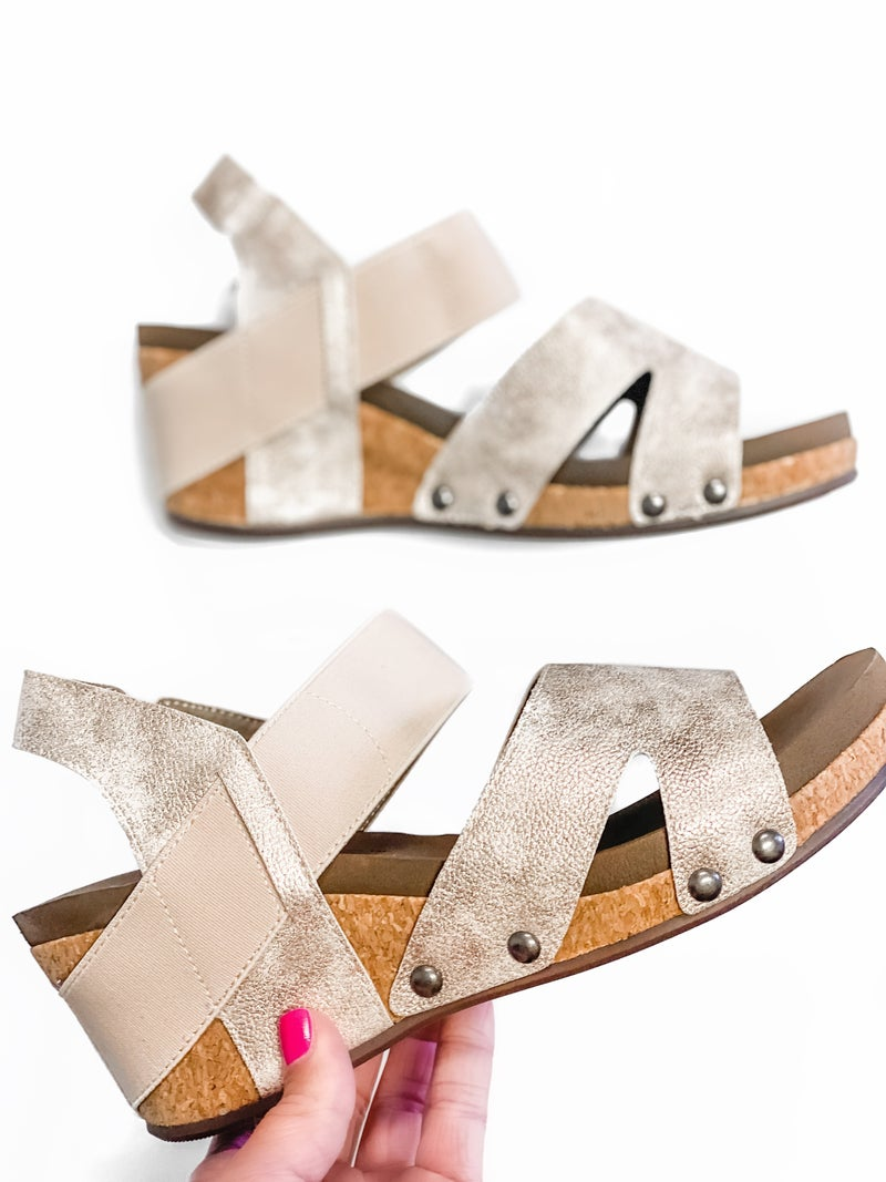 The Finley Wedge Gold