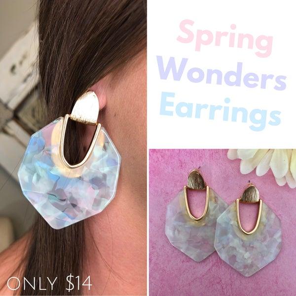 Spring Wonders Earrings