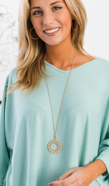 The Lacy Necklace, Matte Gold