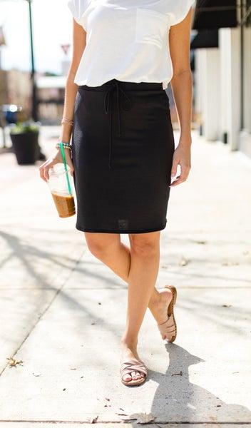 Slip Into Casual Skirt, Black