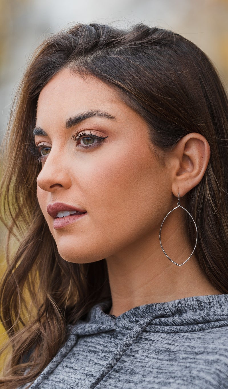 Easy Loving Earrings, Gold or silver
