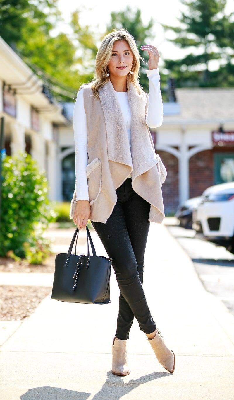 Cozy Layers Vest, Beige