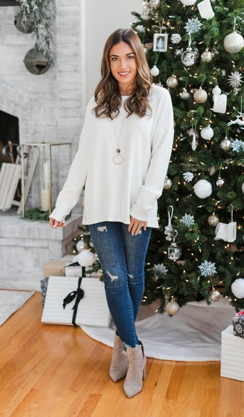 BF EARLY RELEASE!!  The Indy Top, Ivory