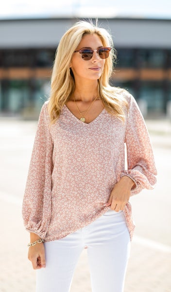 The Rylee Blouse, Mauve