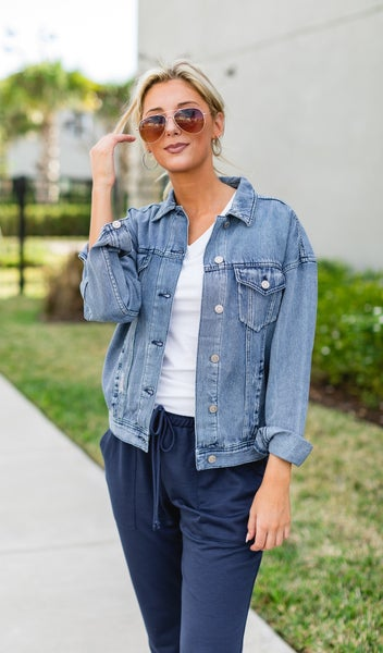 The Carrie Boyfriend Jean Jacket, Light Wash