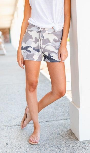 Lakeside Shorts, Grey Camo