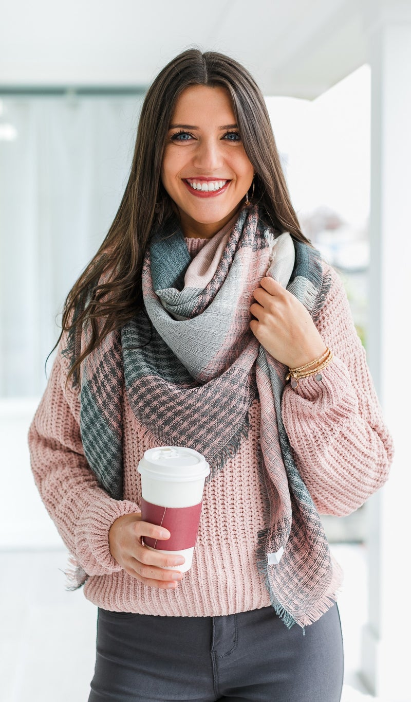Feel The Love Scarf, Pink