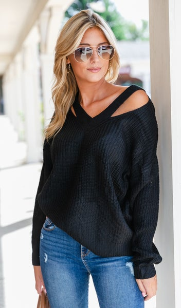 Hollywood Living Sweater, Black or Clay