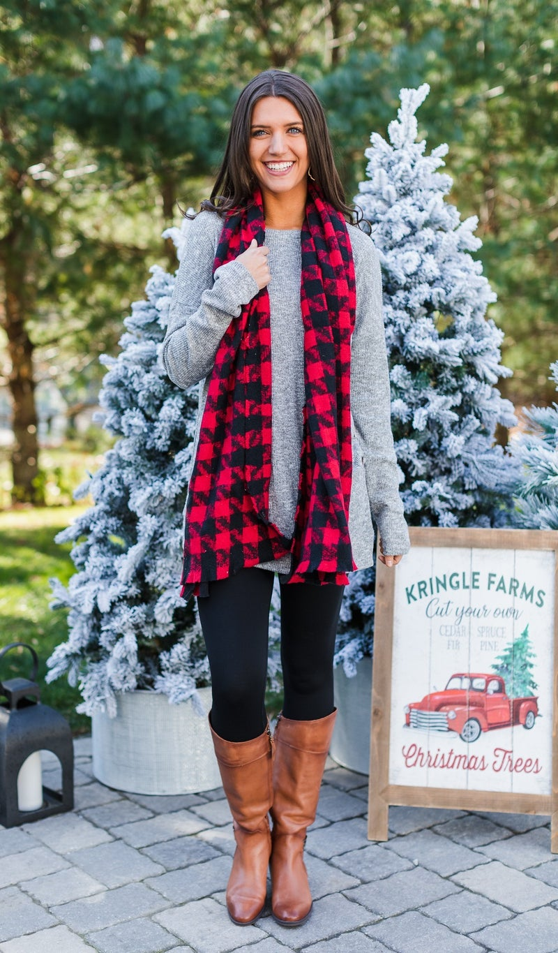Worth The Wait Houndstooth Scarf, Red or White