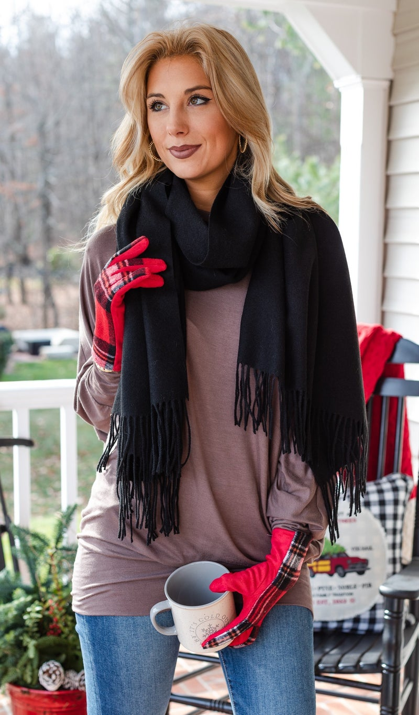 Keep Me In Mind, Black Scarf & Gloves BUNDLE
