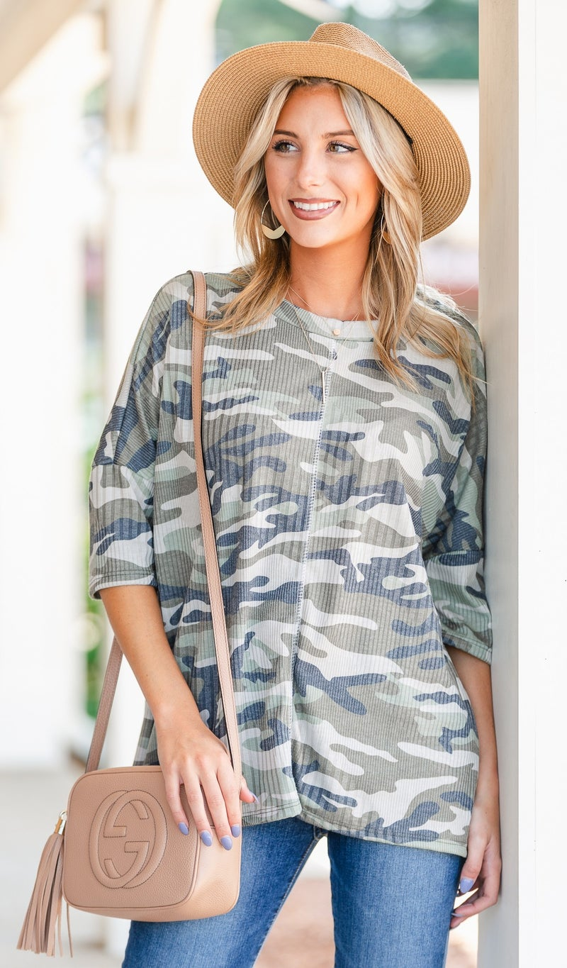 Never Lonely Top, Camo
