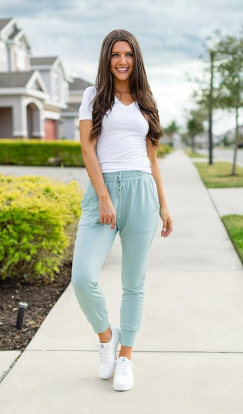The Vineyard Jogger, Sage