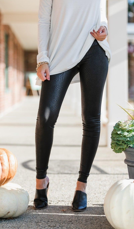 Daring Diva Leggings, Black