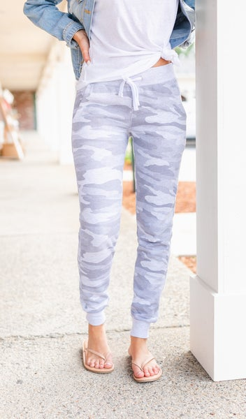 Feeling At Ease Joggers, Grey Camo