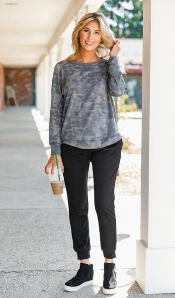 Olivia Pullover, Washed Charcoal