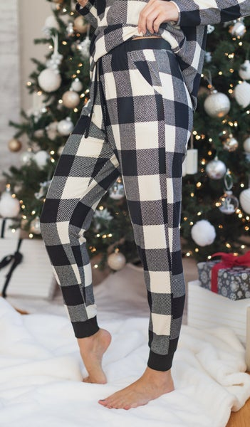 The Holly Plaid Jogger, Black/Ivory