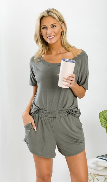 Lounge All Day Top, Black or Olive