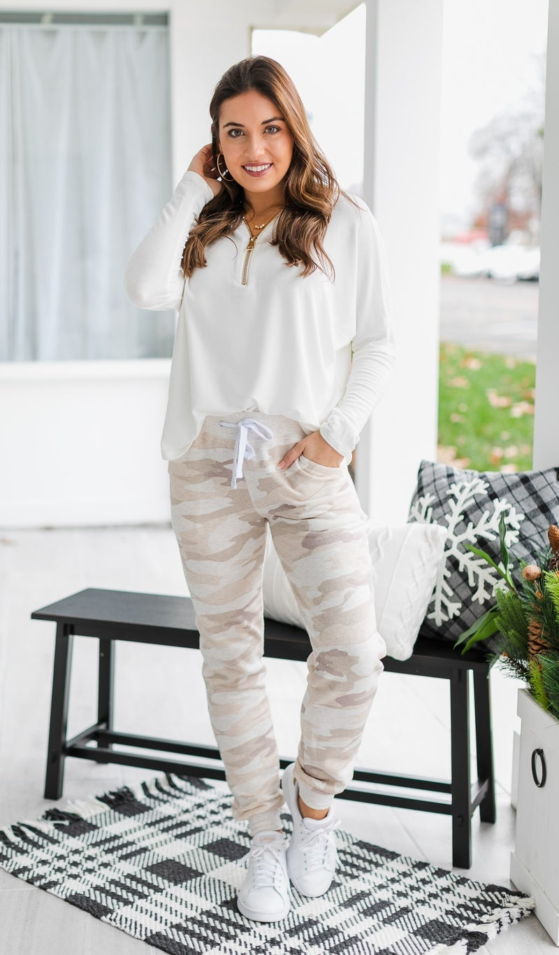 Feeling At Ease Joggers, Beige