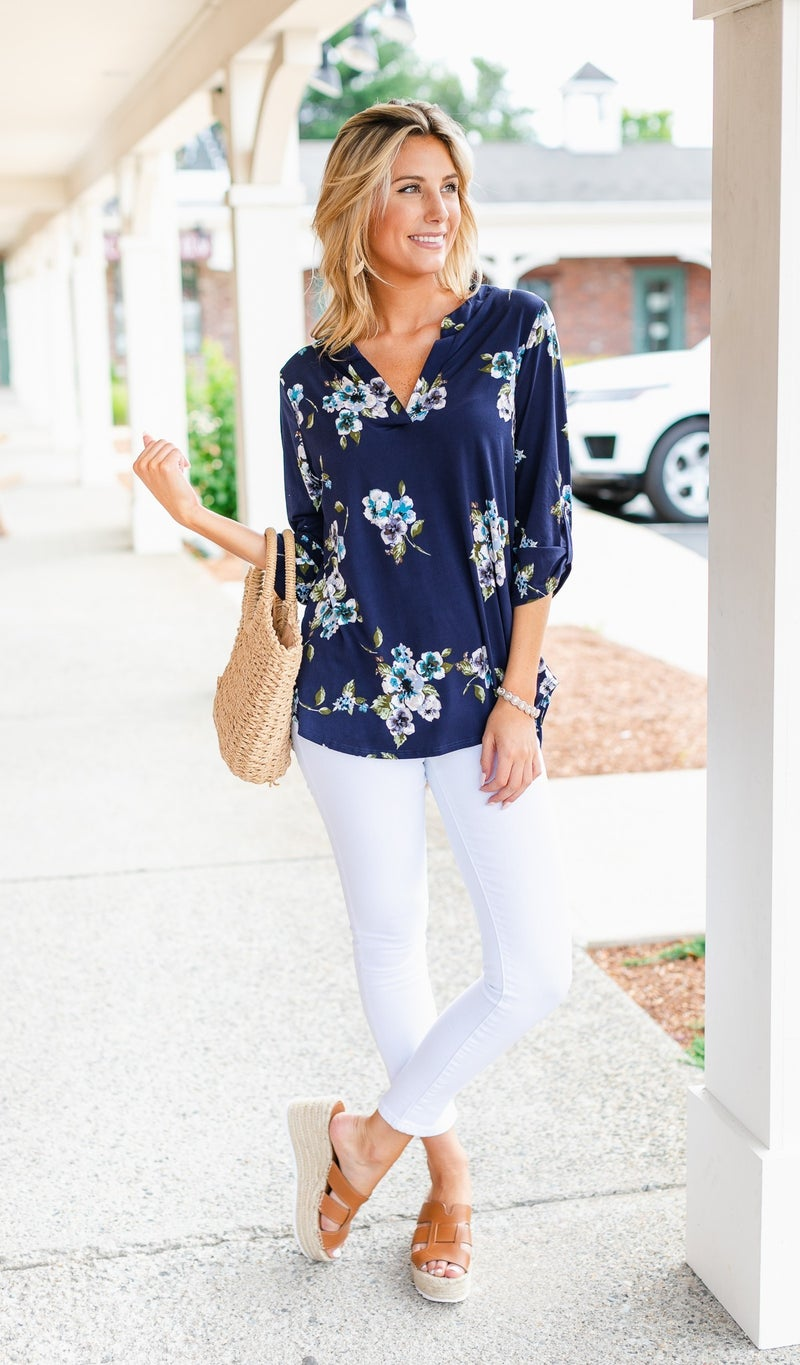 Island Time Top, Navy Floral