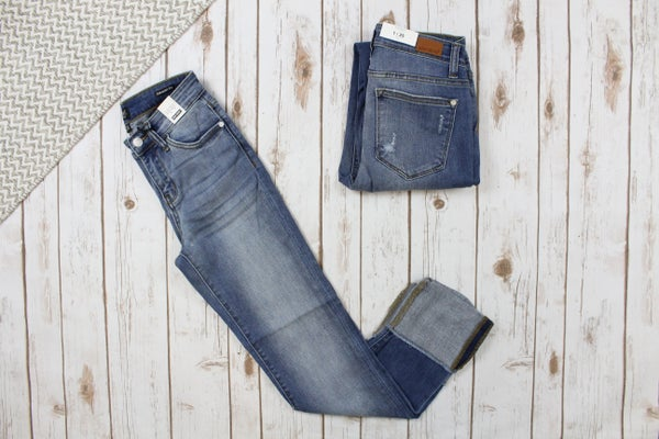 Judy Blue Straight Cuff Jeans