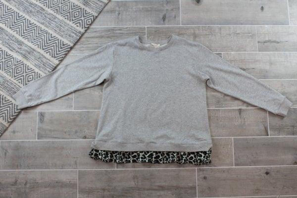 Sweatshirt with Leopard Ruffle Bottom