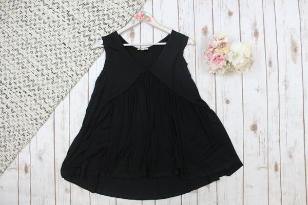 Adorable Ruffled Detailed Top