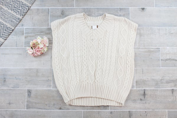 POL Adorable Short Sleeve Sweater